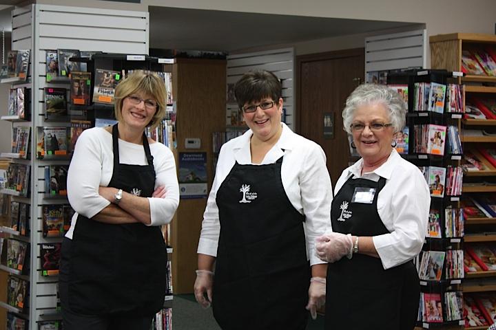 Connie,Shirley,Carolyn.jpg